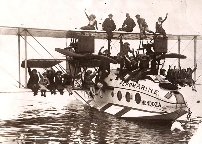 Aeromarine Model 75 'Mendoza' with 24 flappers